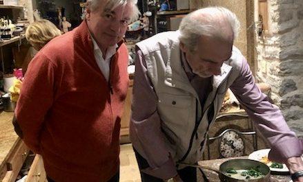 Dans la cuisine privée de Marc Meneau (photo : collection privée)